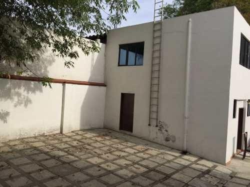 casa en venta ideal para embajadas sobre paseo de las palmas