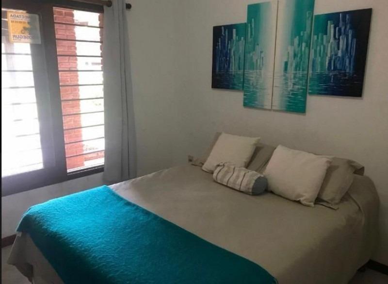 casa en venta jardines de cordoba 2 dormitorios- ref: 2735