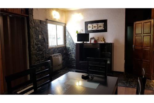 casa en venta, j.m. gutierrez, 3 dormitorios.