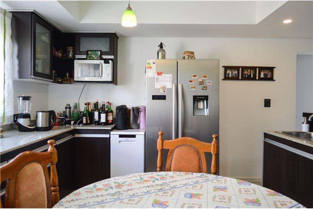casa en venta  la peregrina  neuquen 4 dormitorios