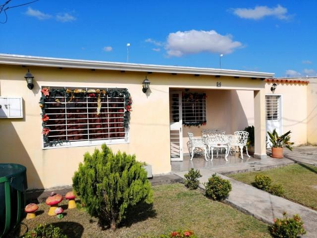 casa en venta la piedad norte cabudare 20-2597vc