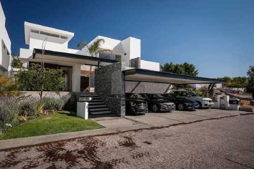 casa en venta la rica, juriquilla, querétaro, preciosa propiedad, acabados de lujo