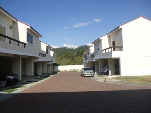 casa en venta las cascadas de la montaña zona 16