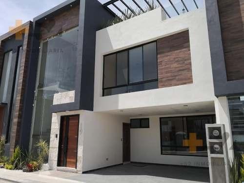 casa en venta lateral recta a cholula cerca de la udlap