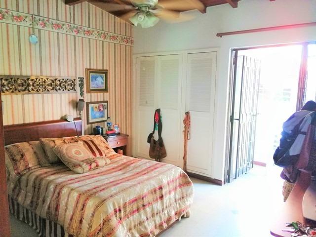 casa en venta, laureles - medellín