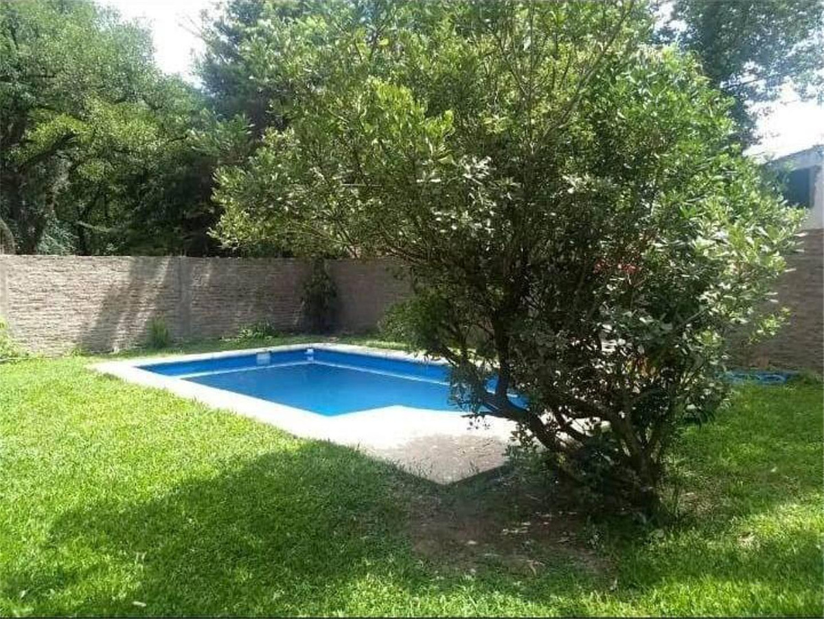 casa en venta ::  leloir/udaondo :: 4 ambientes :: 465m2