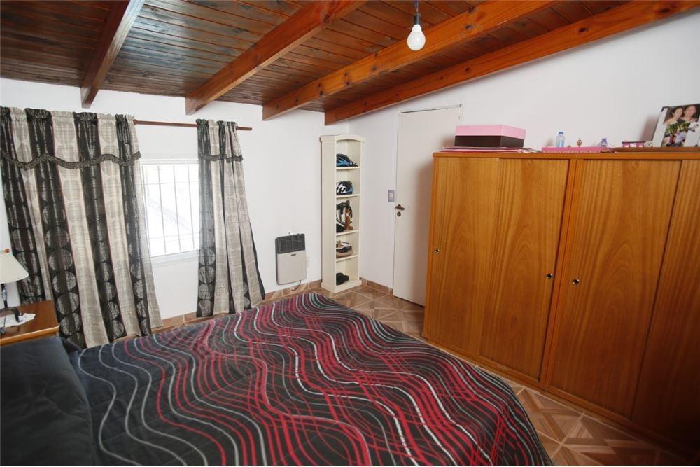 casa en venta - lisandro olmos - 3 dormitorios