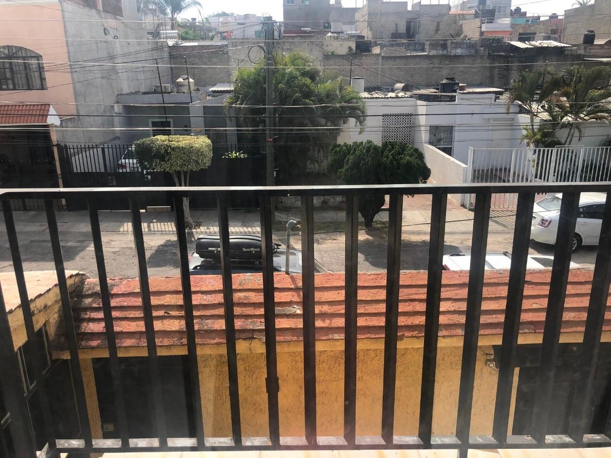 casa en venta loma dorada zona sur 3 plantas amplia cochera