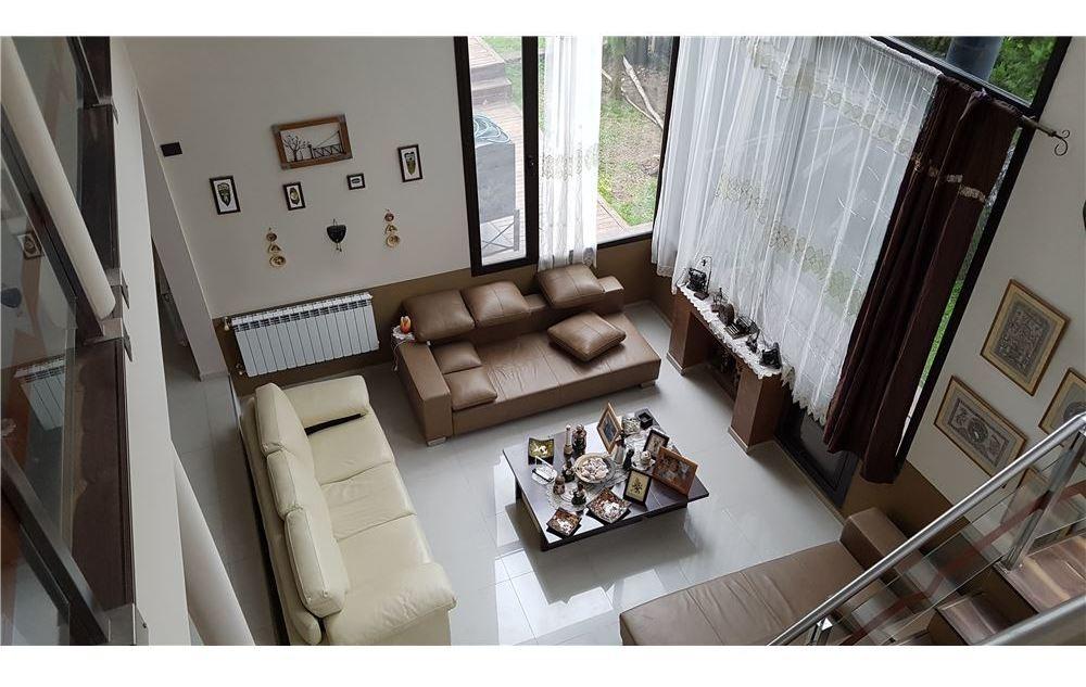 casa en venta los troncos b°privado 7 ambientes