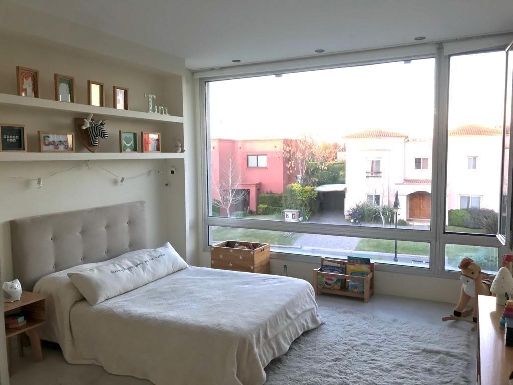 casa   en venta    lote interno   4 dormitorios   barrio la comarca   corredor bancalari   apto credito   buen acceso   tigre