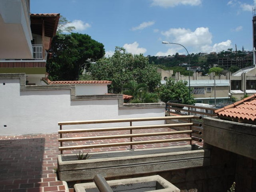 casa en venta macacaracuay caracas edf 16-14940