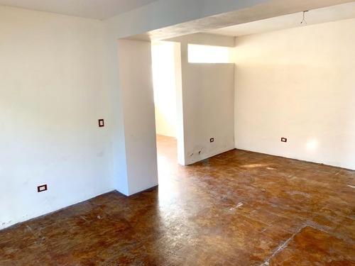 casa en venta  mutualismo e/ bravo y ocampo colonia centro .