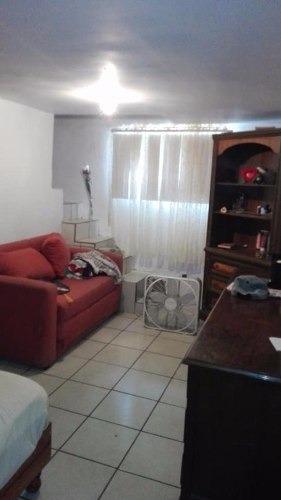 casa en venta  muy amplia  1 planta sala,comedor,cocina,dos recamaras 3 baños cochera , patio amplio