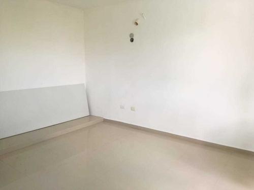casa en venta muy cerca de francisco de montejo!!!!