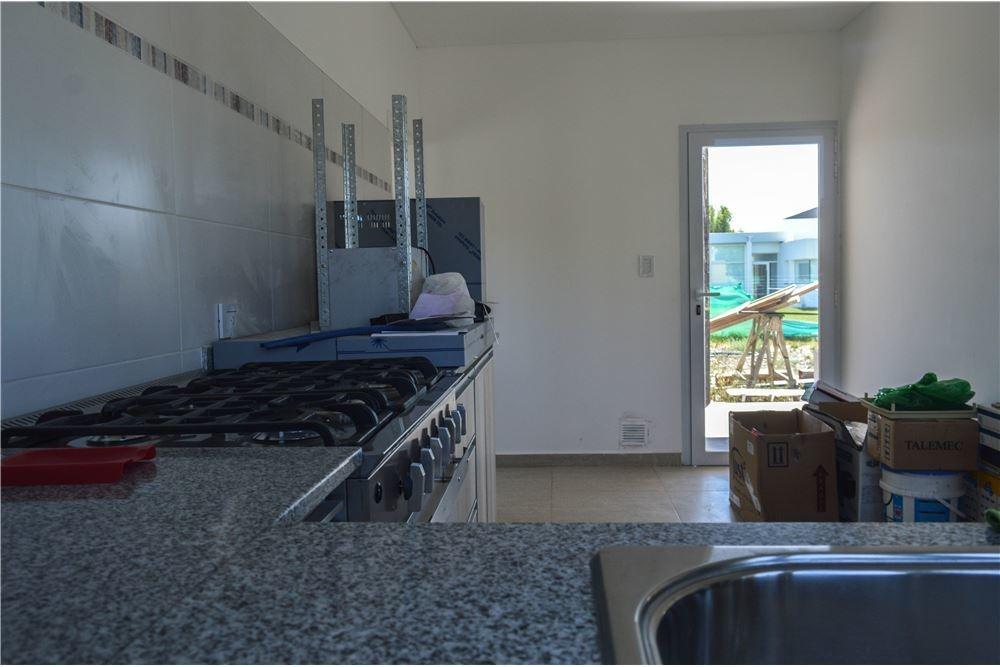 casa en venta neuquén capital 3 dormitorios
