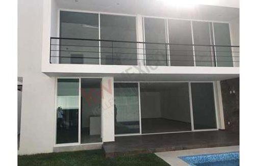 casa en venta, nueva, minimalista en residencial corinto