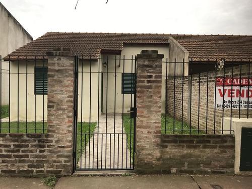 casa en venta o alquiler 2 dormitorios en barrio santa florentina, campana