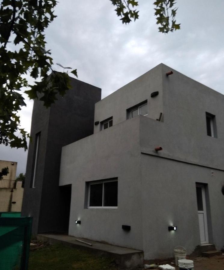 casa en venta o alquiler en el barrio cerrado sausalito de pilar
