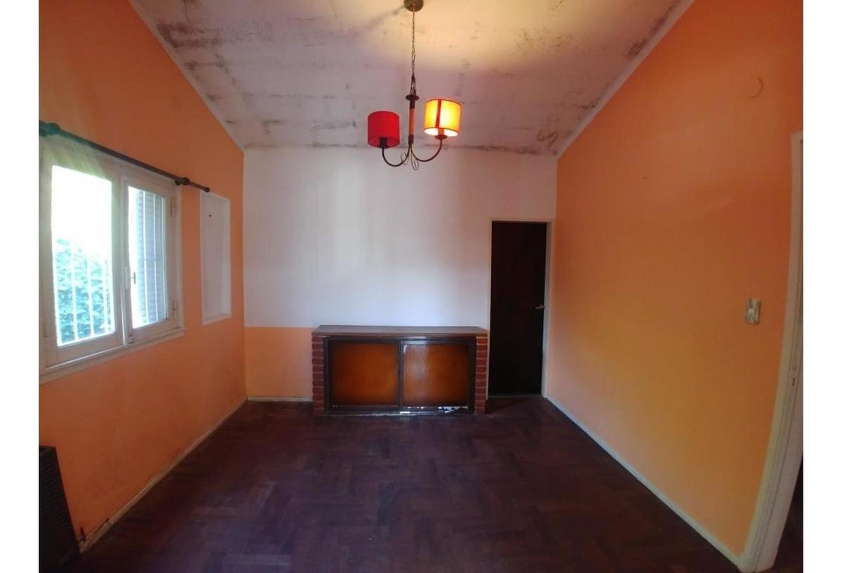 casa en venta o permuta en marcos paz