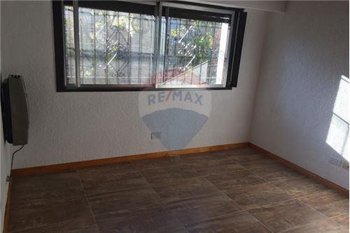 casa en venta olivos 6 ambientes en 3 plantas