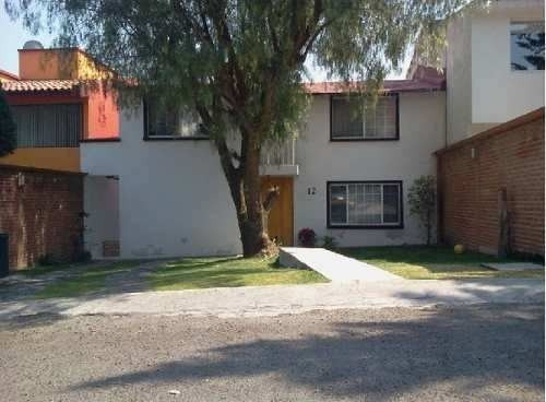 casa en venta. oportunidad. club de golf chiluca. cod. p104