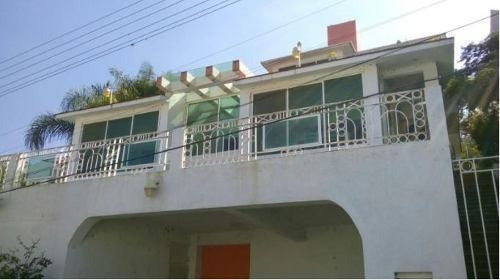 casa en venta. oportunidad. col. lomas de cocoyoc. cod. r160