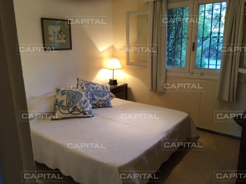 casa en venta playa mansa cuatro dormitorios-ref:28041