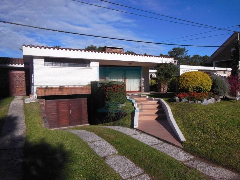 casa en venta playa mansa punta del este- ref: 4901