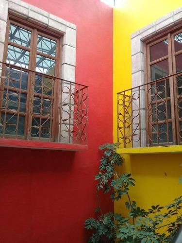 casa en venta por la cruz roja slp, 221m2 de terreno