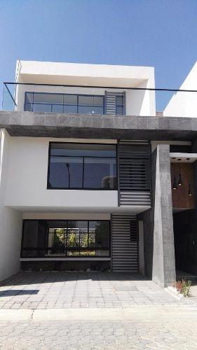 casa en venta  por la explanada