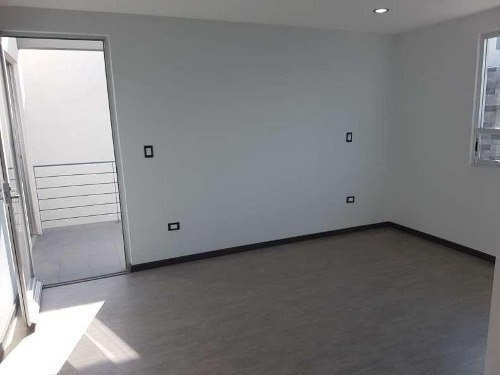 casa en venta por la uvm tlaxcalancingo puebla