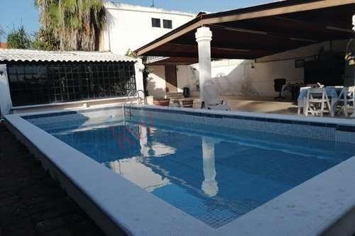 casa en venta prado norte mérida yucatan, ya con ingresos fijos mensuales. !con  alberca !