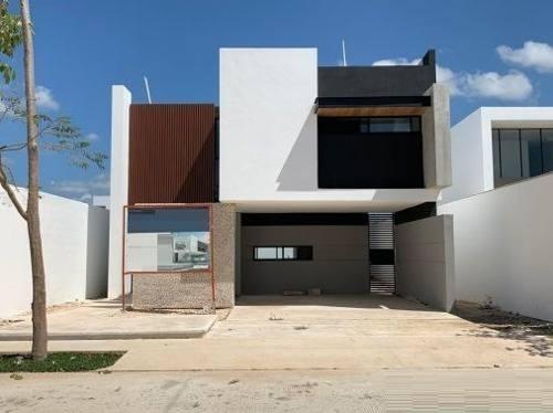 casa en venta privada arborea, conkal 159
