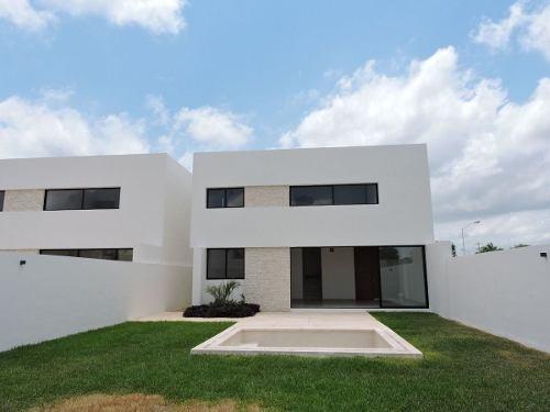casa en venta, privada avenida conkal  mod. b
