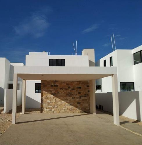 casa en venta, privada conkal zona alto crecimiento. cv-5442