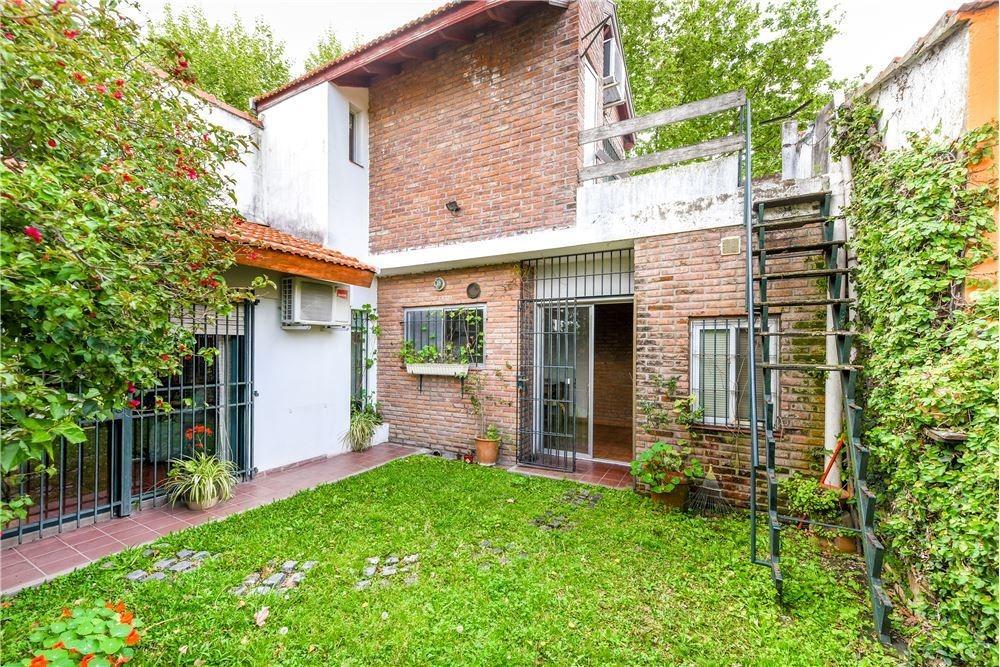 casa en venta quilmes 3 ambientes cochera jardin