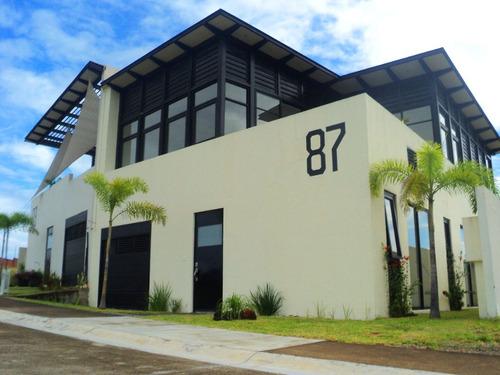 casa en venta / renta punta tiburón iv