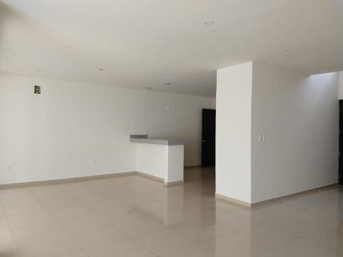 casa en venta residencial aqua fase i de 3 recámaras con alberca. supermanzana 309. cancún, quintana roo mèxico