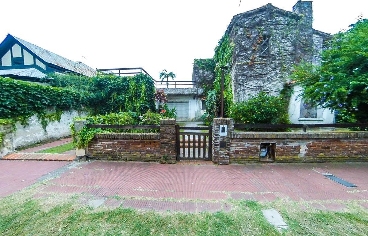 casa en venta rosario alberdi jardin.