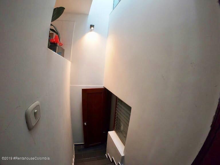 casa en venta santa paula(bogota) rah co:20-127