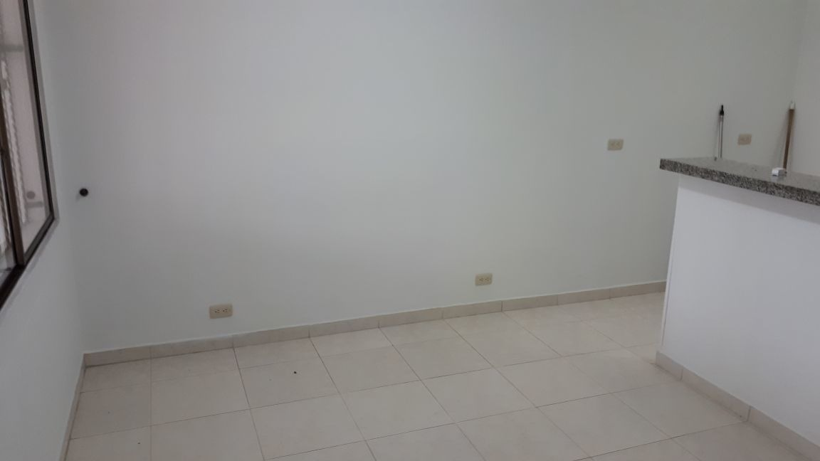 casa en venta , sector coliseo
