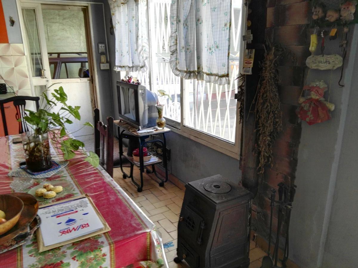casa en venta sobre lote propio con garage y gran fonde billinghurst