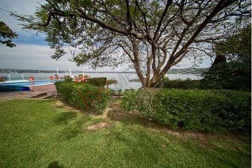 casa en venta, tequesquitengo, morelos, a la orilla del lago