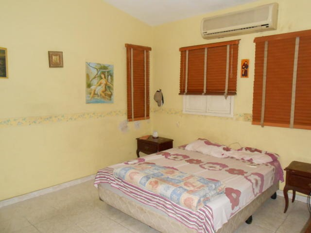 casa en venta trigal norte pt 19-18195 tlf. 0241-825.57.06