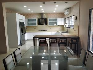 casa en venta trigal norte valencia carabobo 20-8623 rahv