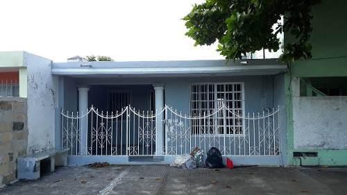 casa en venta ubicada en fidel velazquez!!!!