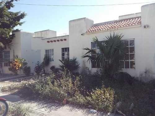 casa en venta ubicada en infonavit puesta del sol