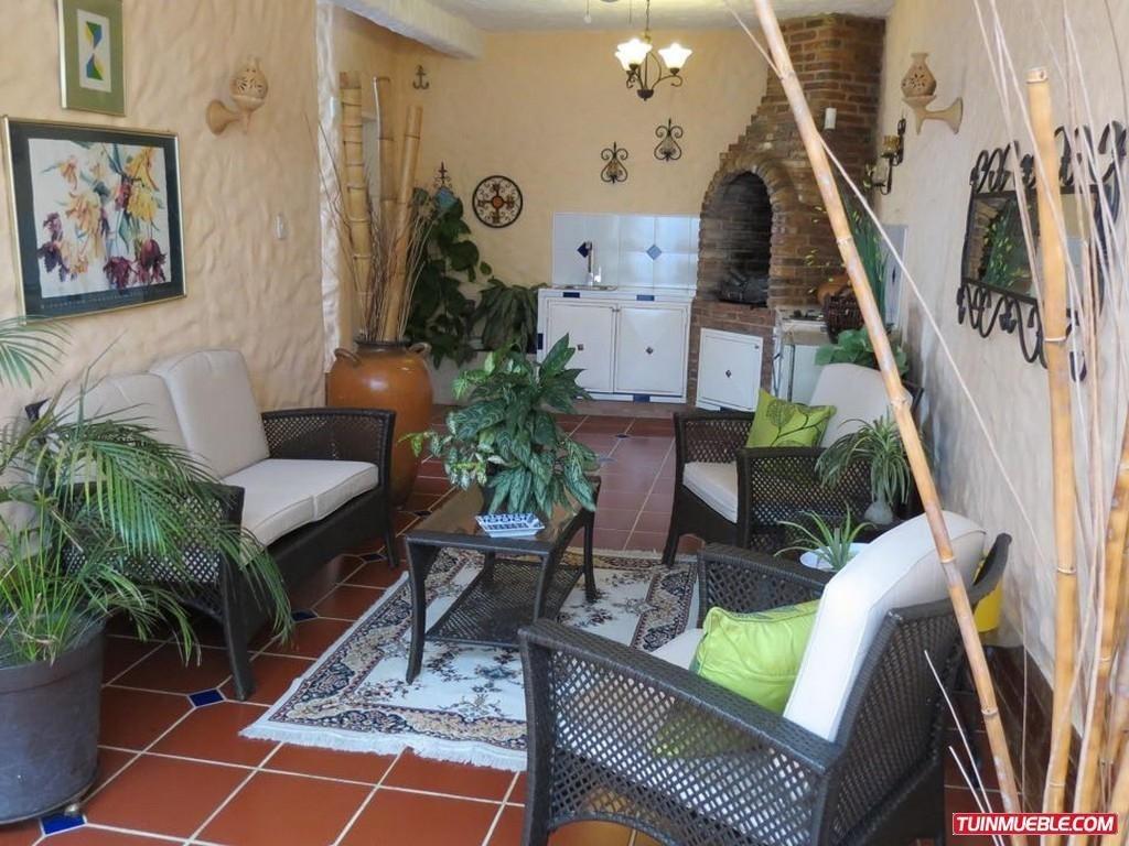 casa en venta ubicada en la urbanización valles de camoruco