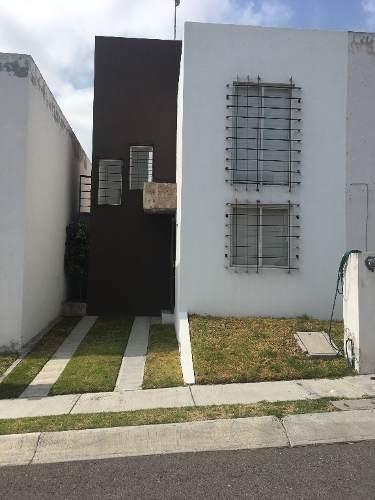 casa en venta ubicada en privada con control de acceso
