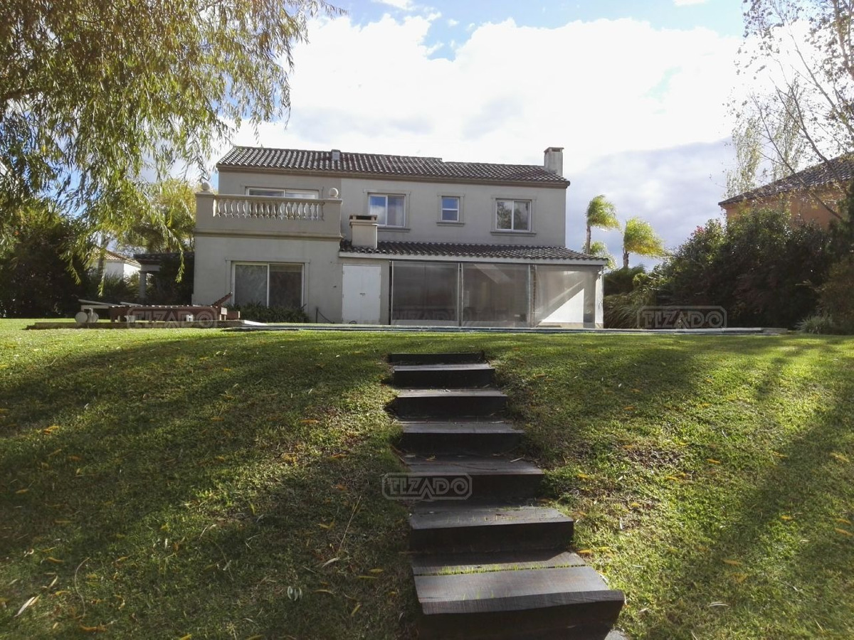 casa  en venta ubicado en barrancas del lago, nordelta